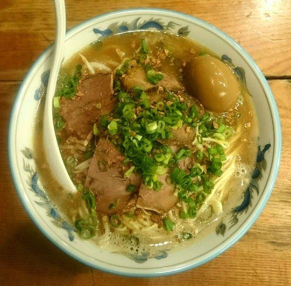 「牛と鶏の白湯蕎麦【限定】 台湾風煮玉子」@渡なべの写真