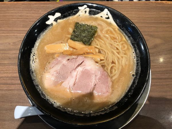「中華そば  並盛」@六厘舎TOKYO ソラマチ店の写真