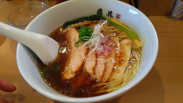 「醤油チャーシュー麺」@支那蕎麦屋 藤花の写真