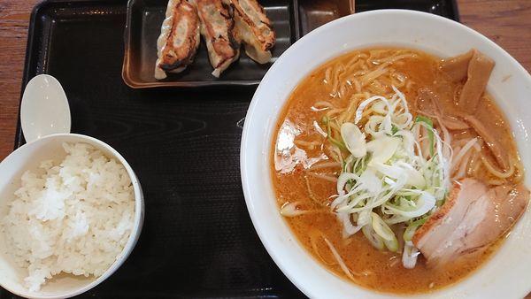 「白味噌ラーメン」@北海道らぁめん伝丸 つくば西大通り店の写真