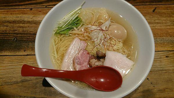 「特選塩ラーメン」@麺屋 翔 本店の写真