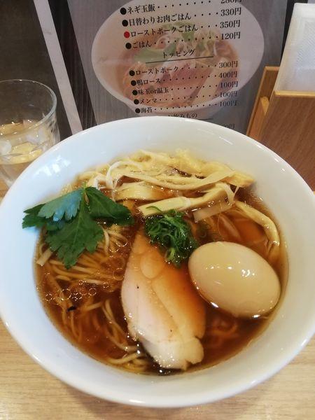 「醤油らーめん メンマ 860円 味玉クーポン」@らーめんMAIKAGURAの写真