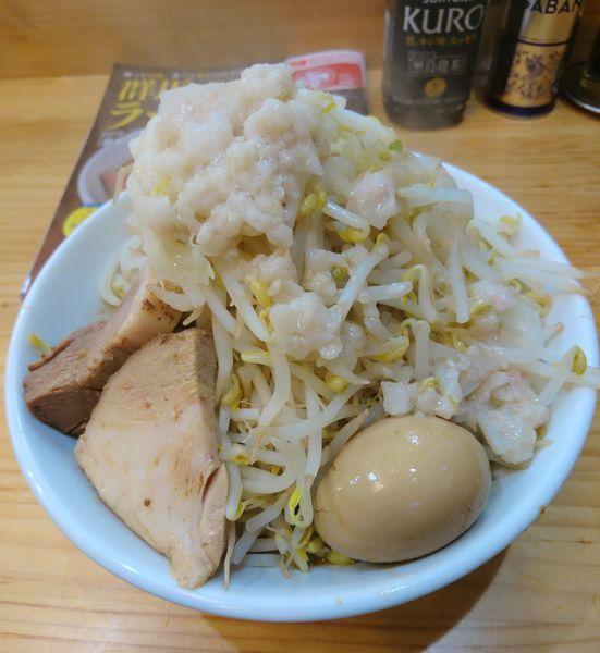 「ど豚骨ラーメン200gヤサイ増し 味玉」@宮二郎の写真