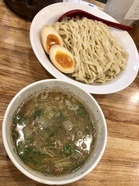 「煮干しつけ麺+味玉」@くじら食堂 nonowa東小金井店の写真