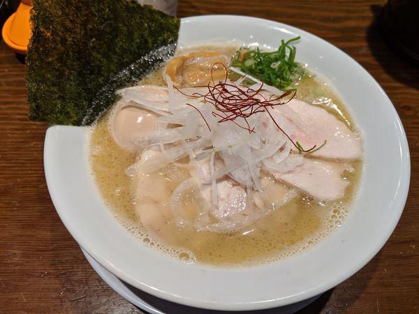 「特製塩900円 ランチ大盛り無料」@風見鶏 本店の写真