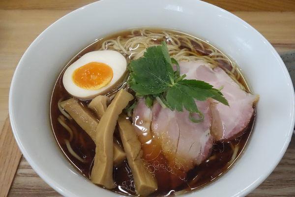 「醤油らぁ麺」@麺匠 独眼流の写真