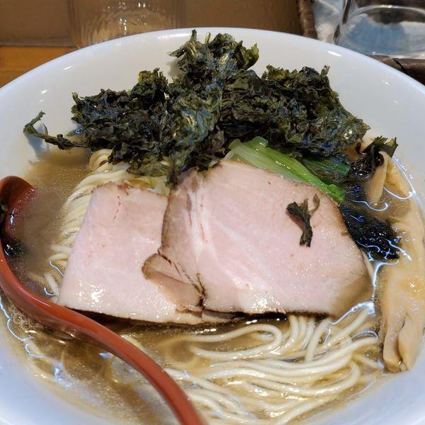 「中華そば(醤油)+バラ海苔」@中華そばや 和凡の写真