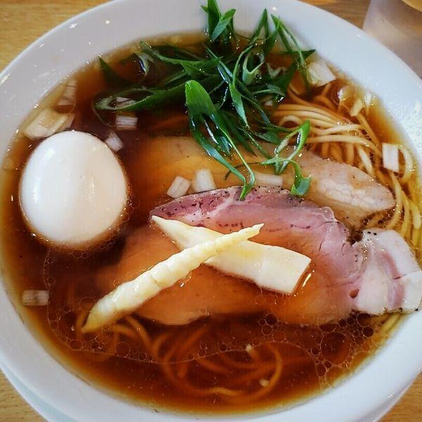 「【3周年記念限定】地鶏のこもんそば~奥久慈軍鶏スープ~千円」@麺ゃこもんの写真
