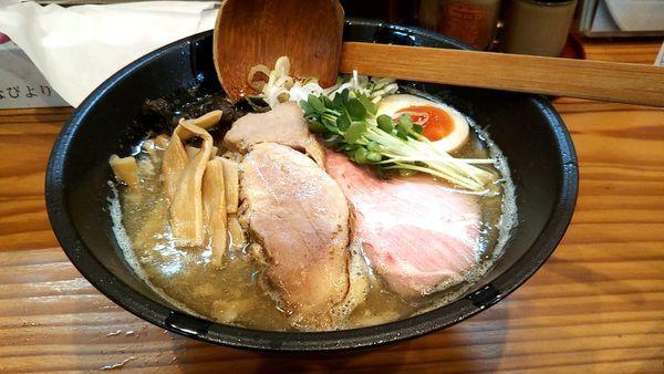 「ニンニク煮干しらぁめん850円」@麺家 大森の写真