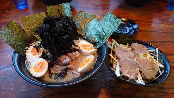 「ねぎラーメン(太麺)、味玉×2、のり、岩のり、ねぎチャーシュー丼」@ラーメン力○の写真