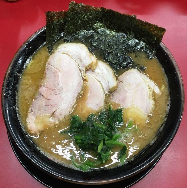 「チャーシューメン(3枚)+中盛 880円」@家系ラーメン 王道家の写真