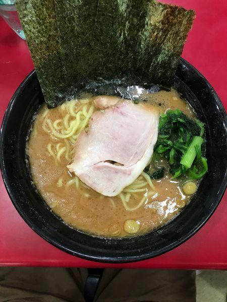 「ラーメン・中 800円」@杉田家 千葉店の写真