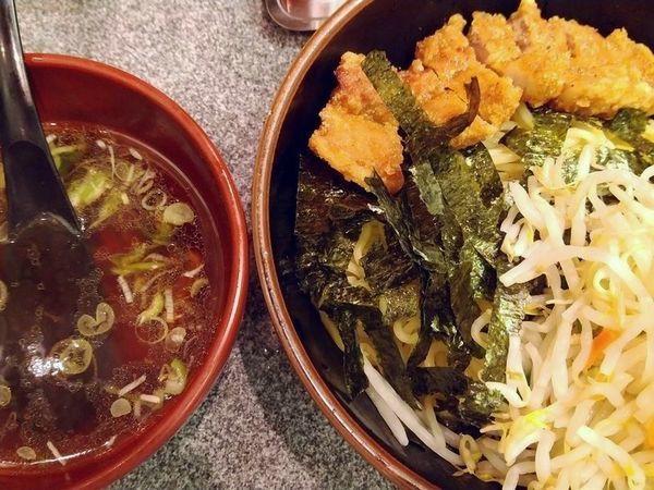 「ざる排骨麺+野菜」@万世 パーコーメン 有楽町店の写真