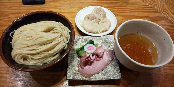 「つけ麺+肉エビワンタン各2ケ」@キング製麺の写真