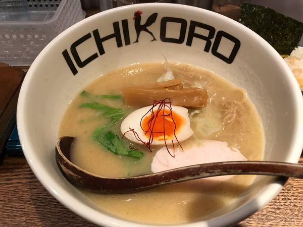 「純とりそば」@鶏そば十番 156 ICHIKORO 麻布十番店の写真