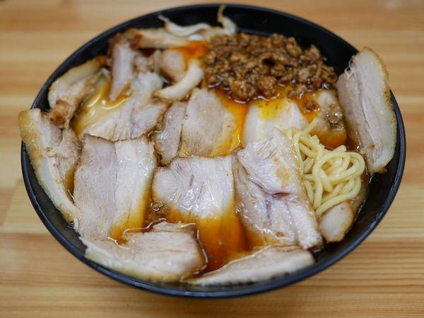 「激辛チャーシュー麺 麺硬め」@北大塚ラーメンの写真