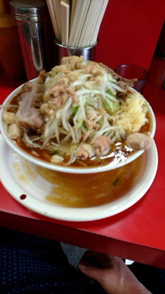 「大豚850円麺固め全増し」@ラーメン二郎 上野毛店の写真