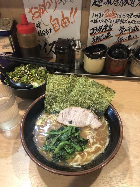 「ラーメン」@横浜家系らーめん 武道家 賢斗の写真