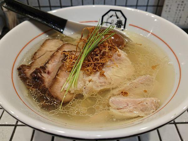 「特製うま味塩そば(細麺)」@81番の写真