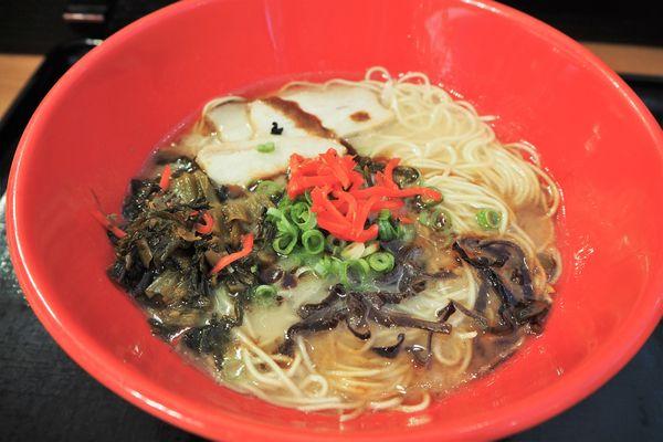 「黒マー油豚骨ラーメン」@あきよし麺工房の写真