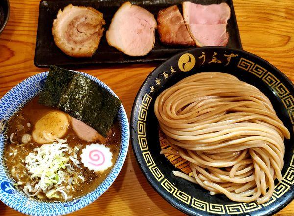 「特製つけ麺(小)+ライス小+生卵」@中華蕎麦うゑずの写真