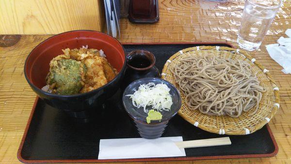 「もりそば、+とり天丼(小)(ランチメニュー1)」@会津蕎麦 あずまやの写真
