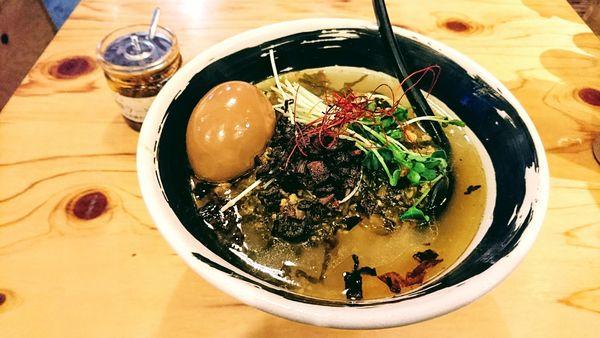 「【秋麺】高菜そば(大)」@麺場 浜虎 横浜店の写真