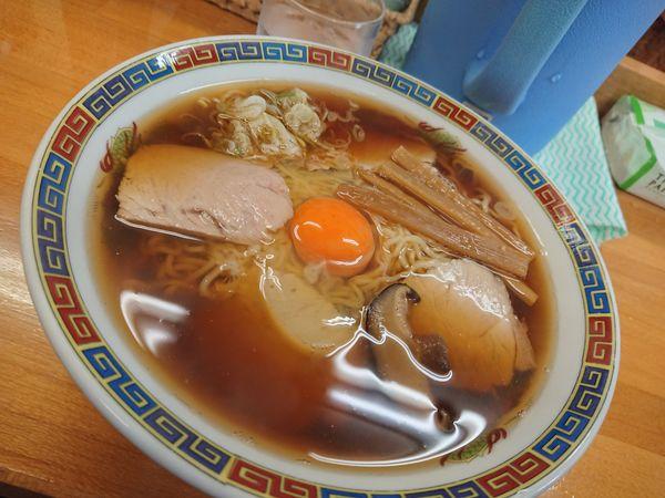 「月見ラーメン大 620円」@くどうラーメンの写真