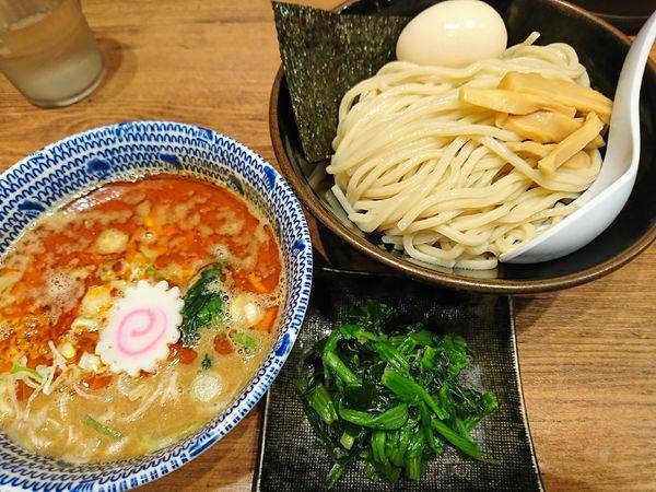 「坦々つけ麺+味玉、ほうれん草(930円)」@舎鈴 ビーンズ武蔵浦和店の写真