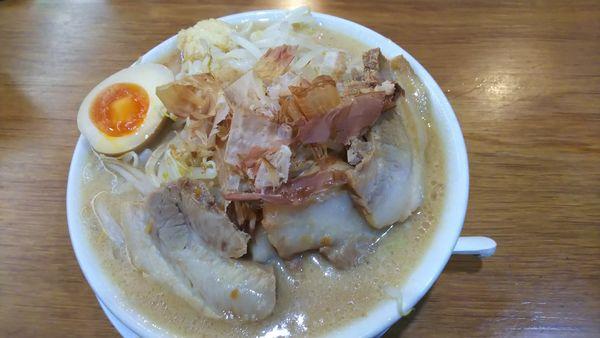 「ラーメン 750円+チャーシュー210円」@ラーメン・つけ麺 神起の写真