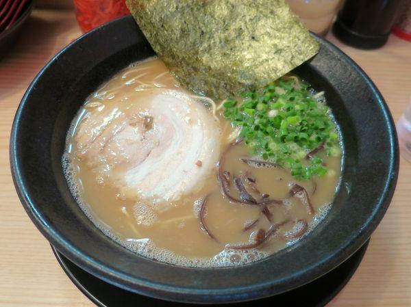 「ーめん 650円 ※粉落し」@九州とんこつらーめん ひらさわの写真