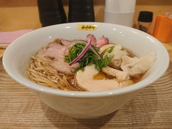 「特製鶏びあんそば+高級トリュフ替玉75g」@鶏びあんSobaみやみやの写真