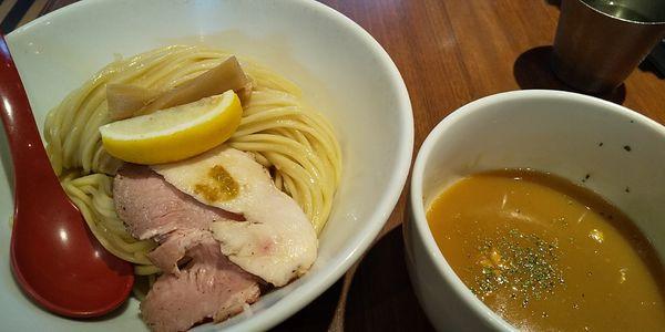 「鷄白湯つけ麺  大盛」@麺屋 翔 品川店の写真