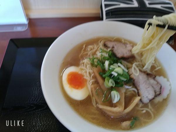 「煮干ラーメン」@にぼしラーメン かのうやの写真
