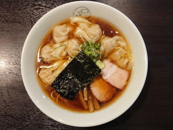 「黒だし肉ワンタン麺」@八雲の写真