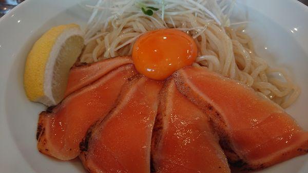 「サーモン和えそば」@つけ麺二代目いさおの写真