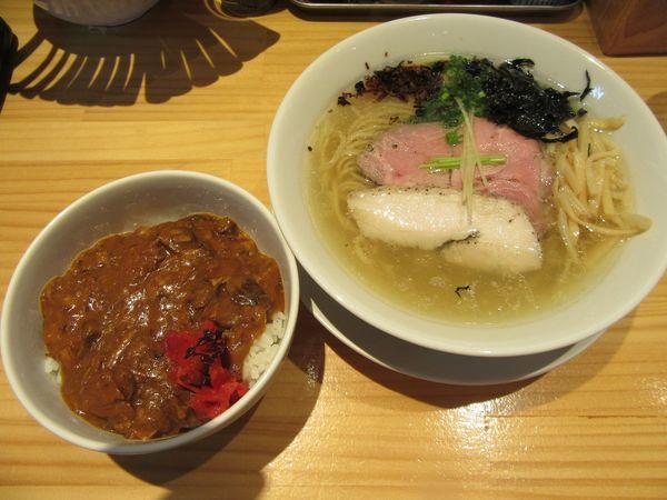 「こもんそば塩(750円)+カレー丼200円」@麺ゃこもんの写真