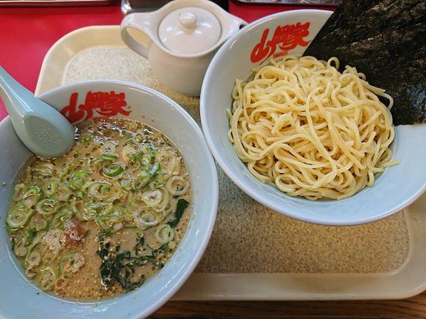「醤油つけ麺(770円)」@山岡家 川島店の写真