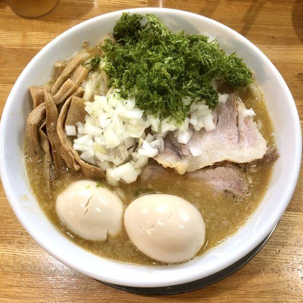 「特製中華そば味噌 (普脂) 大盛 ¥1170+生卵+ライス」@中華そば136の写真
