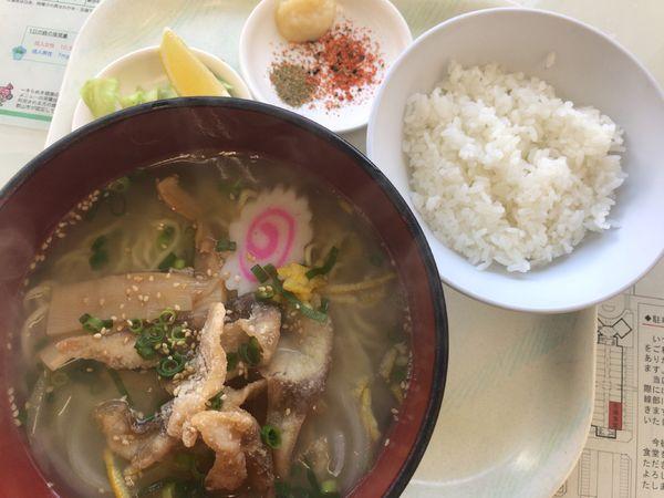 「郡山鯉(恋)塩らーめん780円(+少ライス50円)」@市場食堂の写真
