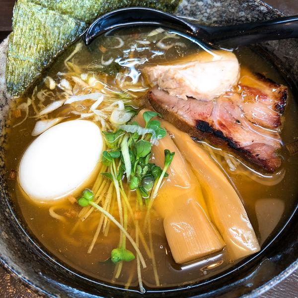 「らーめん (醤油) ¥700 +あじ付き玉子 ¥100」@環2の麺処 あさ川の写真
