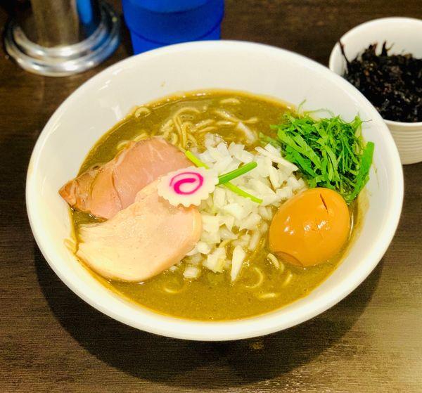 「味玉 濃密な煮干しそば」@中華そば いづるの写真