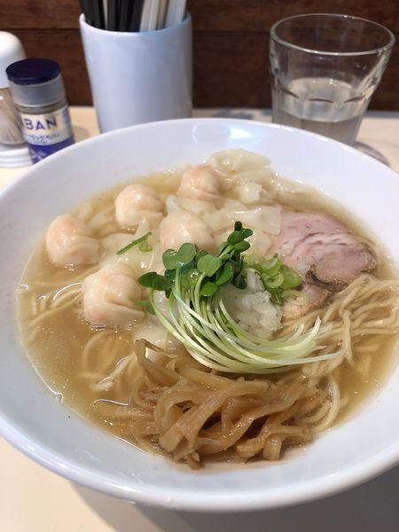 「海老ワンタン麺(白だし)880円」@らぁ麺 ひなたの写真