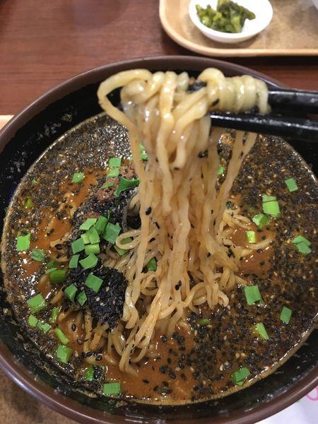「黒胡麻坦々麺」@胡麻唐屋 Pasar 羽生店の写真
