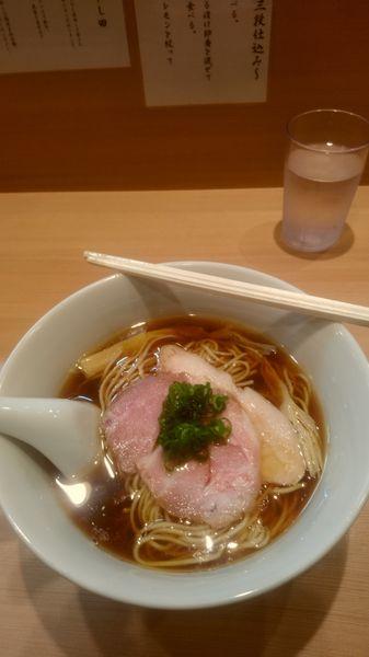 「らぁめん」@らぁ麺 はやし田 横浜店の写真