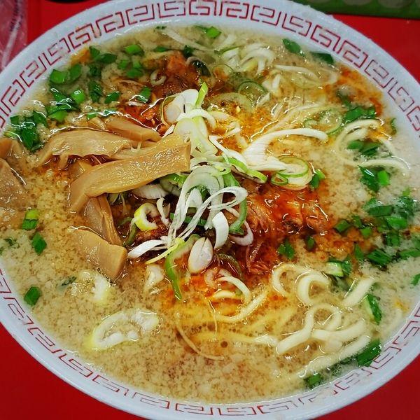 「辛口ホルモン麺 600円」@ラーメンスタンド とん平食堂の写真