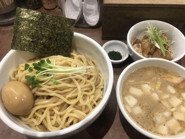 「濃厚ホタテつけそば+味玉+本日の飯」@NOODLE VOICEの写真