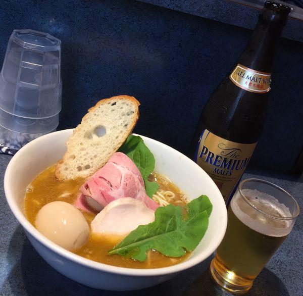 「特製白湯らーめん+ビール」@もとのともの写真