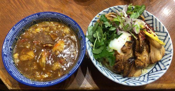 「激辛濃厚カレーつけ麺 大盛」@麺や百日紅の写真
