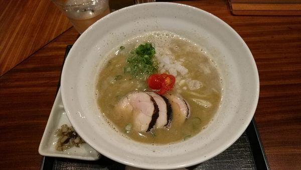 「鷄煮干しらぁめん_900円」@麺や いま村の写真